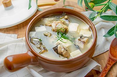 黄辣丁炖豆腐