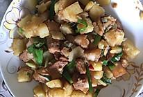 五花肉土豆的做法