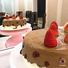 超可爱的草莓巧克力蛋糕