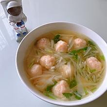 宝宝最爱:虾丸白萝卜汤