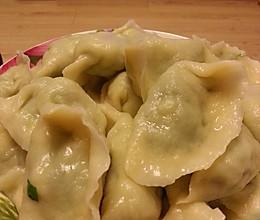 超简单好做的韭菜鸡蛋虾仁水饺的做法