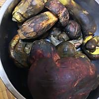蒜片爆炒牛肝菌的做法图解1