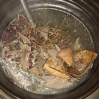 猪横脷鸡骨草汤的做法图解8