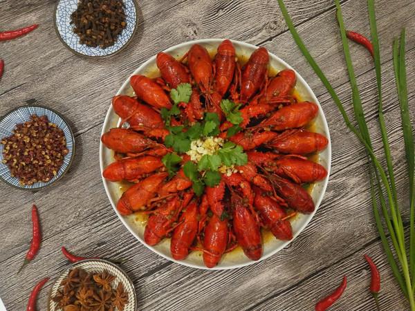 五香麻辣小龙虾
