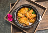 香焖鸡翅锅的做法
