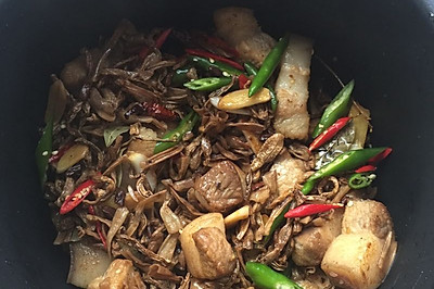 干豆角红烧肉(香辣)