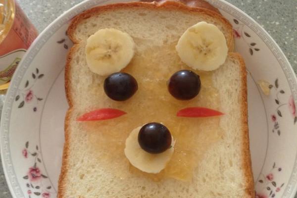 可爱早餐~小熊土司的做法