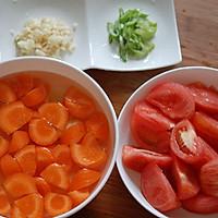西红柿土豆炖牛腩的做法图解3