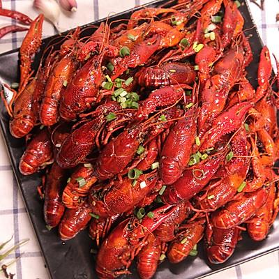 【芒果姐姐小厨房】夏日人气大排档—麻辣小龙虾
