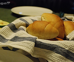 全麦面包卷的做法