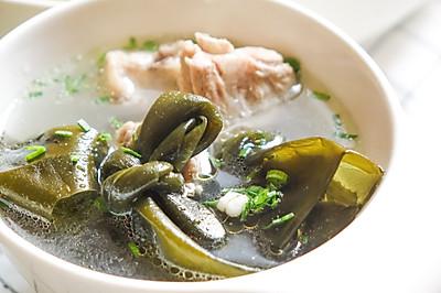 暖身祛湿汤:排骨海带薏米汤