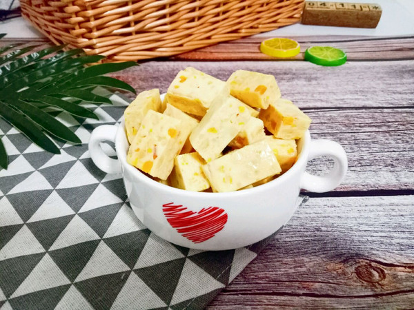 咸蛋黄牛轧糖的做法