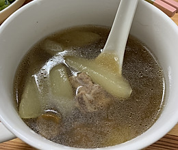 排骨雪梨汤的做法