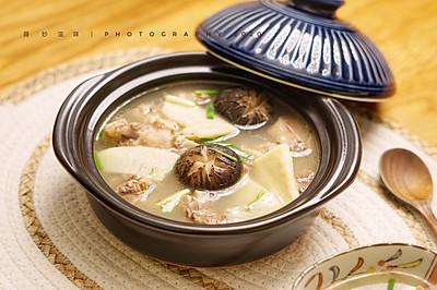 适合深秋的冬笋花菇番鸭汤