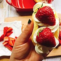 草莓抱抱卷的做法图解14