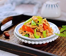 #带着美食去踏青#虾酱时蔬炒鹅蛋的做法