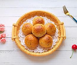 #营养小食光#麦片芝麻小餐包的做法