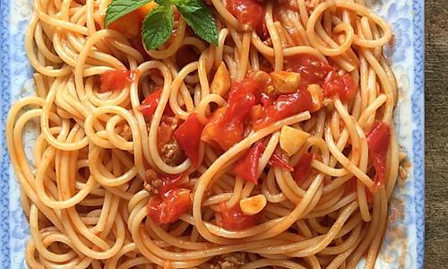 肉沫茄汁意面的做法