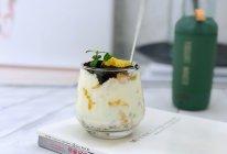 #美食视频挑战赛#自制水果老酸奶的做法