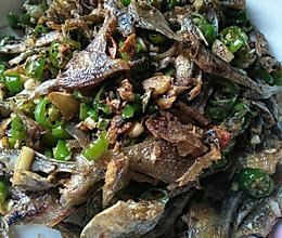 青椒炒鱼干的做法