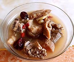 猴头菇排骨汤的做法