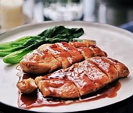 蜜汁煎鸡胸肉的做法