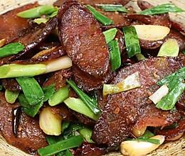 回锅香肠:香肠,原来炒着吃更妙!的做法