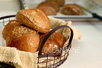 【蒜】又爱又恨-蒜香面包