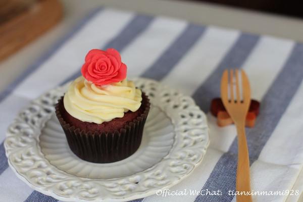 献给最爱的TA - 红丝绒纸杯蛋糕的做法