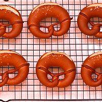 德国碱水面包Brezel的做法图解15