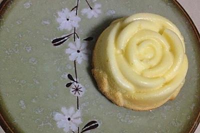 玫瑰花榴莲轻乳酪蛋糕