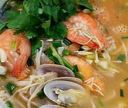 鲜虾花甲汤的做法