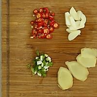 板栗烧鸡的做法图解2