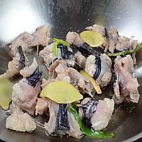 #福气年夜菜#清炖安康鱼豆腐汤的做法图解6