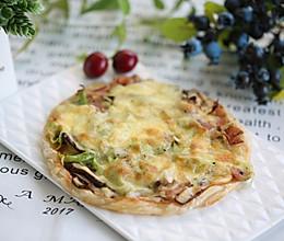 超简易手抓饼版披萨——平底锅也可以做。的做法