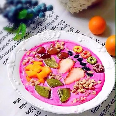 火龙果酸奶沙拉