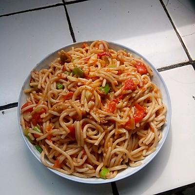 西红柿炒面条