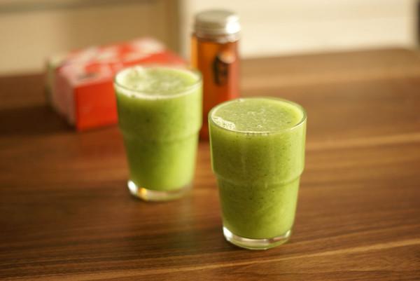 黄瓜梨猕猴桃汁的做法