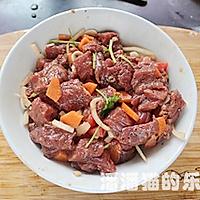 黑蒜子牛肉粒的做法图解6