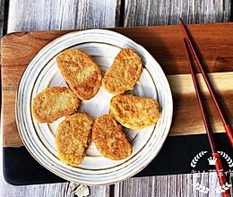 #晒出你的团圆大餐# 黄金煎馒头片的做法