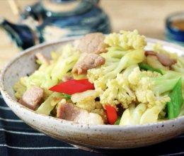 花菜炒肉--【孔老师教做菜】的做法