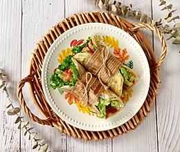 快手午餐肉蔬菜卷饼的做法
