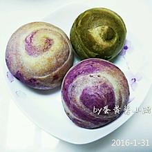 紫薯豆沙酥和抹茶绿豆酥