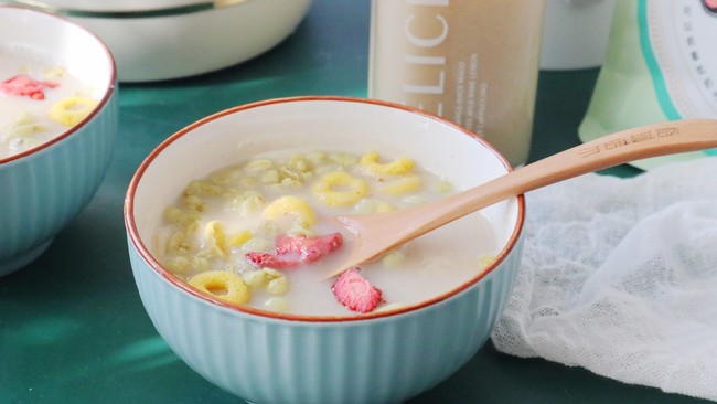 【燕麦芡实豆浆】秋季早餐就爱这一杯的做法