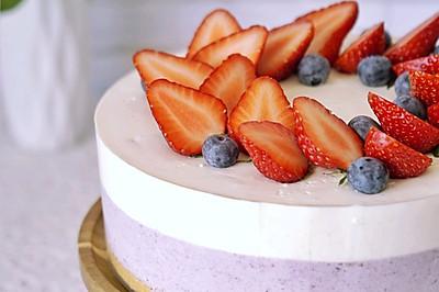 蓝莓双色酸奶慕斯