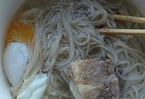 排骨汤面条的做法