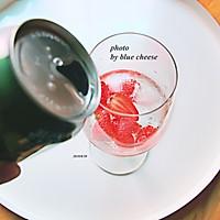 草莓鸡尾酒的做法图解4