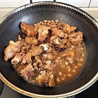 家常菜中的主角-红烧花生猪脚的做法图解8