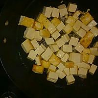 油煎豆腐丁的做法图解2