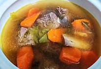 #餐桌上的春日限定#炖牛肋排胡萝卜汤的做法